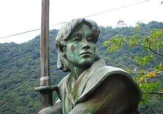 佐々木小次郎ってどんな人物?謎に包まれた伝説に剣豪を検証!